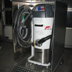 Fahrbarer Saugcontainer inkl. Vorabscheider und Abfallklappe